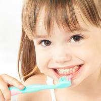 Schedule your kids dental appointment with one of the best dentist in Nashville