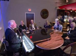 CabaRay Piano Bar