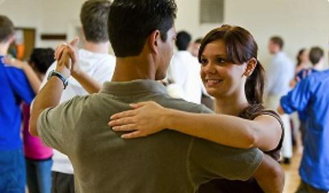 Nashville couple learning to dance